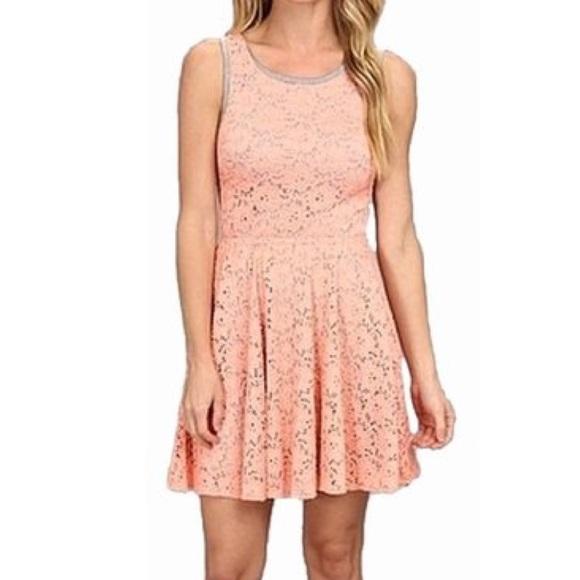 Trina Turk Dresses & Skirts - trina turk coral gray crestine mini dress M